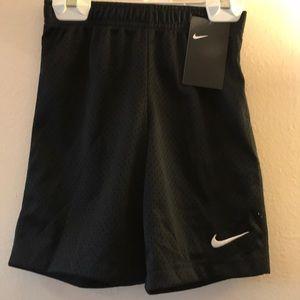 Nike Kids Boys Essential Mesh Shorts